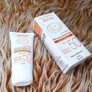 ضد آفتاب آون AVENE